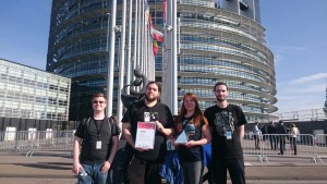 "Winners of the 2016 YOUROPE Audience Award ""Team Anthrocratos"" in front of the European Parliament in Strasbourg."